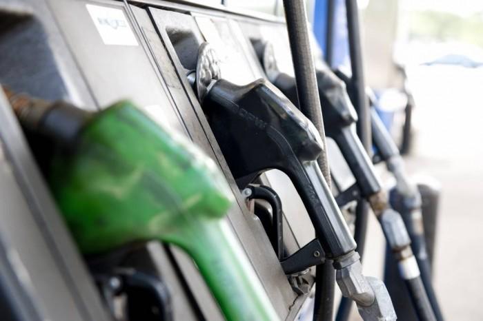 Petróleo barato, gasolinas caras en Nicaragua