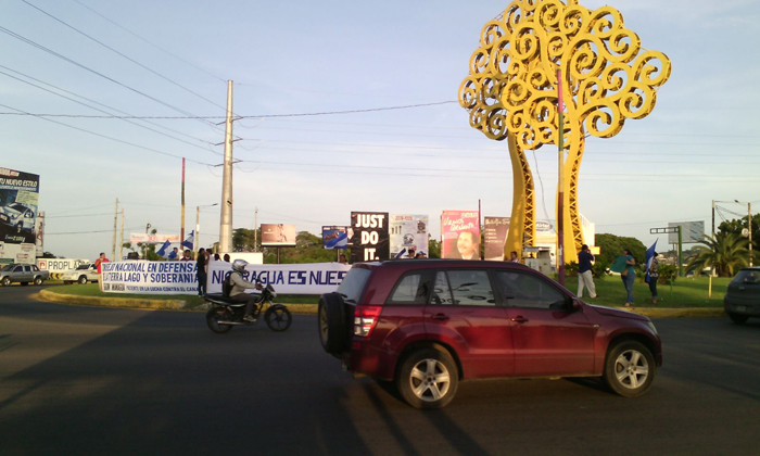 Realizan plantón para invitar a marcha anti canal