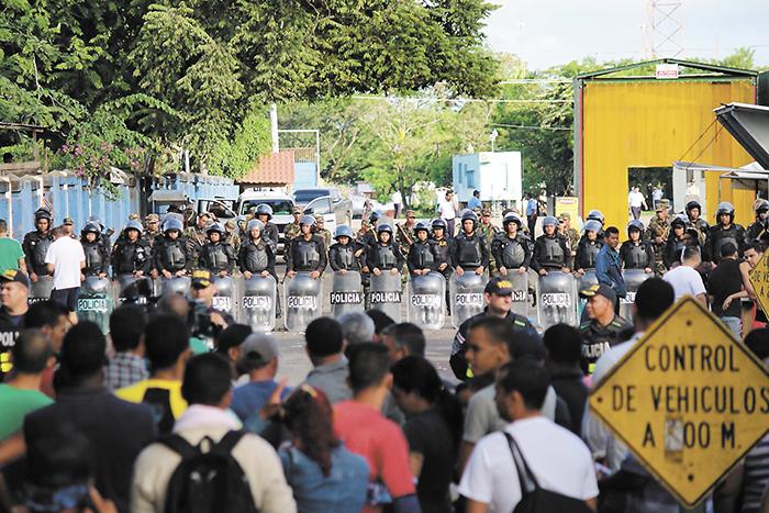 Los expertos en Derecho Internacional señalan que Nicaragua hizo uso de su derecho soberano en materia migratoria al regresar a los ciudadanos cubanos que Costa Rica, de forma masiva, pretendió que el país acogiera, sin previa comunicación y acuerdos. LA PRENSA/EFE