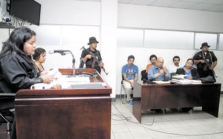 Según los abogados defensores y la CPDH, el juicio contra los campesinos de Punta Gorda fue anómalo y lleno de errores procesales. LA PRENSA/J. FLORES