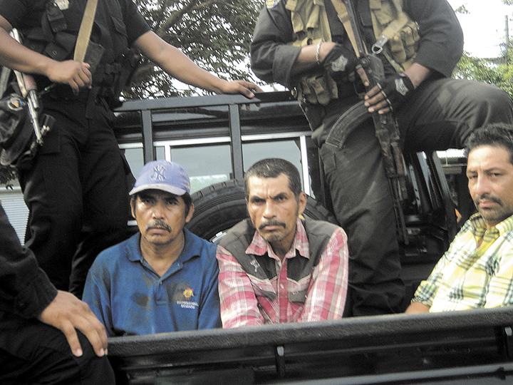 Los campesinos Juan de Dios Rodríguez, Sotero de Jesús Reyes y Carlos García fueron capturados el 19 de agosto y traídos a Managua, donde fueron ocultados a sus familias hasta la audiencia preliminar del 9 de septiembre. LA PRENSA/ARCHIVO