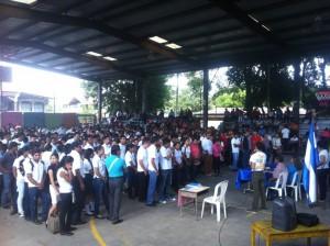 Más de mil estudiantes recibieron su bono en Boaco. LA PRENSA/MELVIN RODRÍGUEZ