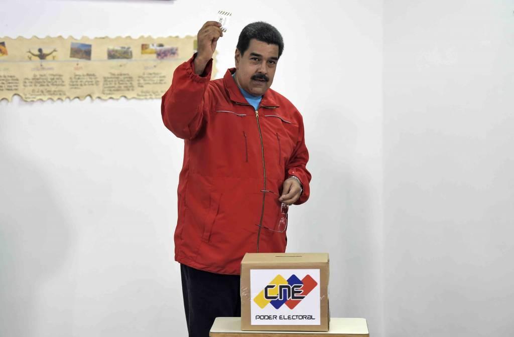Nicolás Maduro en los comicios legislativos. LA PRENSA/Agencias
