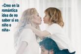 Paulina Rubio luce su embarazo en portada de ¡Hola!