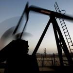 ¿Caída del precio del crudo se detendrá?