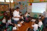 Estudiantes aprenden a reciclar
