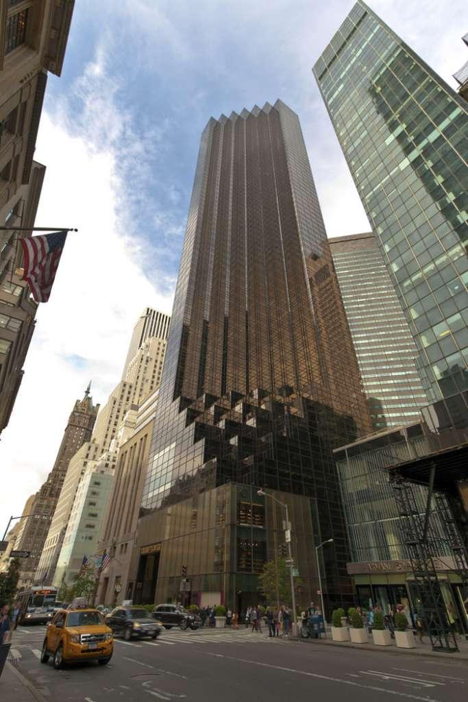 La Trum Tower, en la Quinta Avenida de Manhattan, Nueva York, es donde reside Donald J. Trump. Más precisamente en un penthouse de tres pisos.
