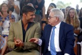 Ricky Martin dedica su estrella en Paseo de la Fama a trabajadores sociales