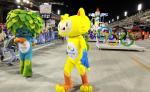 Desfile con temática de los Juegos Olímpicos 2016 a celebrarse en Río de Janeiro, domingo 7 de febrero, en la apertura del primer día de desfiles del Carnaval de Río de Janeiro en el Sambódromo de Río de Janeiro (Brasil). LA PRENSA/EFE