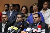 Exmilitares salvadoreños se esconden de justicia española