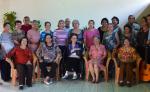 Miembros de Voces de la tarde, el Foro Latinoamericano de Educación Musical y del Circulo Literario del adulto mayor durante el homenaje a la maestra Caridad Rosado. LA PRENSA/MARTA LEONOR GONZÁLEZ