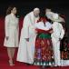 Papa Francisco sale de la nunciatura apostólica a las calles de México