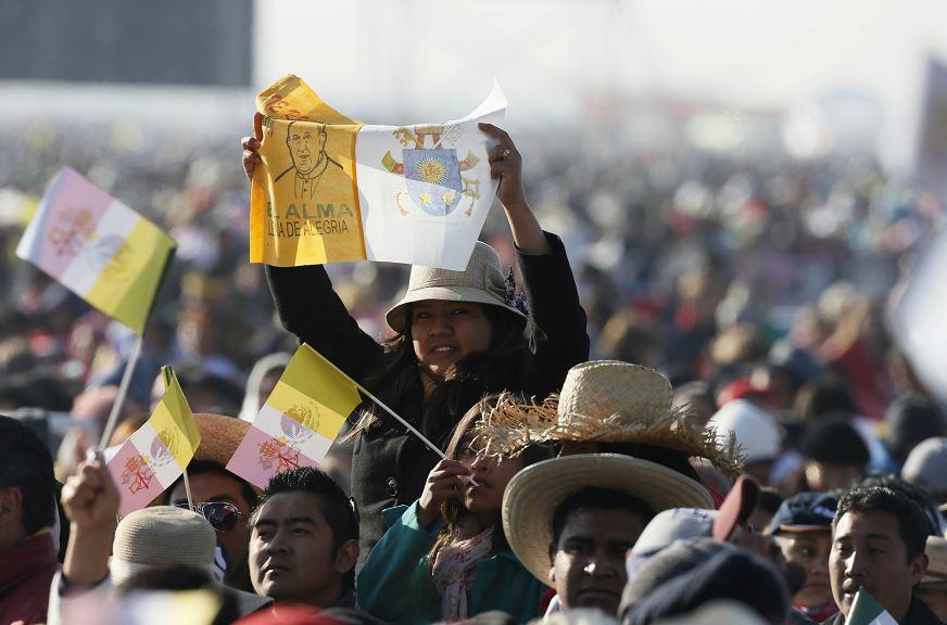 La visita del papa Francisco en Ecatepec inaugurará el segundo día de visita del pontífice en México. LA PRENSA/EFE/José Méndez