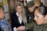 Encarcelan a expareja de Evo Morales en medio de polémica sobre existencia de hijo