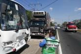 Cuatro vehículos colisionan en carretera a Masaya