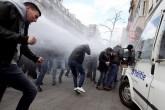 Policía dispersa a manifestantes de extrema derecha en Bruselas