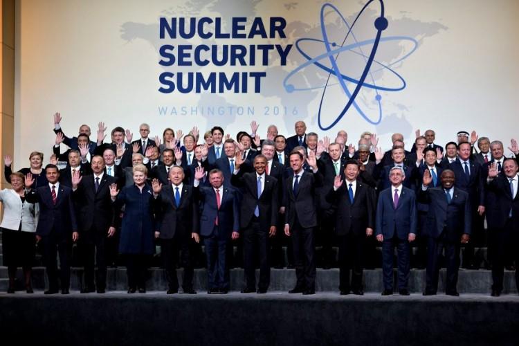 la familia nuclear yahoo dating