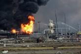 México: Al menos 3 muertos y más de 60 heridos por explosión en planta petroquímica