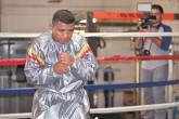 Arnulfo Obando analiza el tipo de pelea que hará Román González