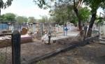 El cementerio de Malacatoya luce abandonado,  los vecinos aseguran  que la municipalidad no brinda atención. LA PRENSA/ROBERTO FONSECA