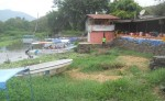 La situación de sequía que afecta al lago Cocibolca es tan grave que los dueños de lanchas en Granada deben hacer muchas maniobras para poder sacar los viajes a las isletas con los turistas que llegan a diario en busca de un paseo. LA PRENSA/LUCÍA VARGAS