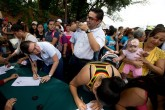 Venezuela: 2.5 millones de firmas para el referendo contra Maduro