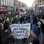 Leicester celebra título y las incógnitas rodean su futuro