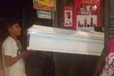 Niña muere atropellada mientras jugaba frente a su casa en León