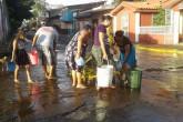 "Agua ""corre"" por calles de Chinandega"