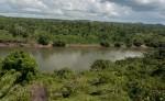 Aquí en el río Tuma, en la comunidad Palpunta,  debería estar operando desde el 2013 el proyecto hidroeléctrico Tumarín, según los planes del gobierno orteguista. El proyecto, sin embargo, continúa estancado.