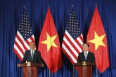 EE.UU. anuncia levantamiento del embargo militar a Vietnam