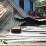 Caen techos por vientos y lluvia en Telica