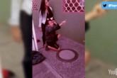 Mujer desnuda a supuesto delincuente en Bogotá