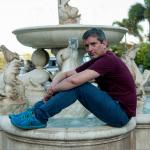 Santiago Roncagliolo, humor, novela negra y memoria en su obra