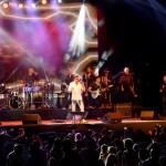 Luis Enrique le canta a las madrecitas