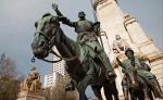 Monumento a Miguel de Cervantes  en Madrid, construido en 1929 y que se encuentra en la Plaza de España, en el barrio de Palacio, conmemorando la obra del escritor. LA PRENSA/thinkstockphotos