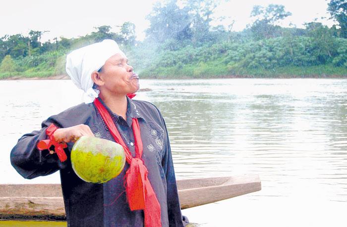 Porcela Sandino, médico tradicionalista experta en sanar comunidades con grisi siknis. LA PRENSA/Archivo.