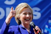 Clinton busca rematar nominación