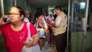 Pacientes del hospital de León. LA PRENSA/E. LÓPEZ