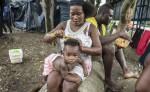 Alrededor de 300 africanos de diversas nacionalidades acampan muy cerca del puesto fronterizo de Peñas Blancas, en la frontera sur. LA PRENSA/ O. NAVARRETE
