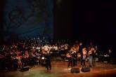 Camerata Bach festejó sus 24 años con un concierto a Salvador Cardenal
