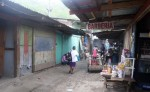 Unos 30 comerciantes  fueron trasladados temporalmente al sitio donde se construirá la nueva terminar intramunicipal. LA PRENSA/ S. RUIZ