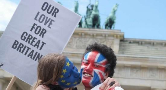Europa exige un divorcio rápido a Reino Unido