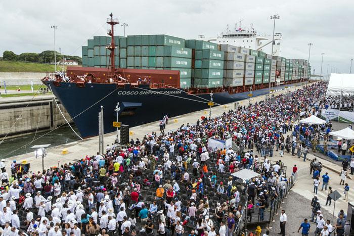 Según Juan Carlos Varela, presidente de Panamá, 40 mil personas trabajaron en la ampliación del Canal del 2007 al 2016. LA PRENSA/Agencias.