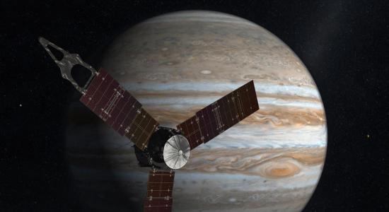Sonda espacial Juno se coloca en la órbita más cercana a Júpiter