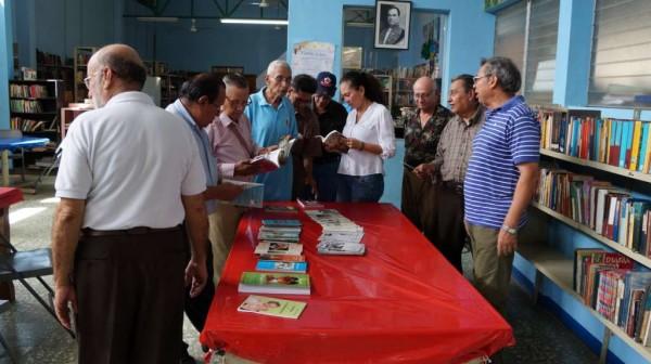 Escritores del Circulo Literario del Adulto Mayor han publicado 18 libros y 21 Cuadernos literarios y esperan crear Fondo Cultural. LAPRENSA/ARNULFOAGÜERO
