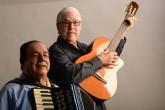 Carlos y Luis Enrique Mejía Godoy le cantan a la patria