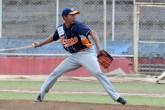 Erasmo Reyes por su victoria 13 en el Pomares