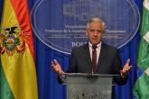 Bolivia asegura construir un país política, económica y militarmente fuerte