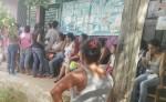 Pacientes febriles esperaban  ser atendidos  por personal médico en el Centro de Salud de Villa Libertad. LAPRENSA/C.Torre